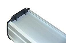 Боковые стенки roll-up из прочного ABS-пластика толщиной 3мм с ребрами жесткости