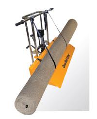 Тележка может использоваться для транспортировки ковролина