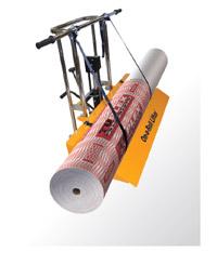 Транспортер On-A-Roll Lifter может использоваться для транспортировки рулонных пластиков